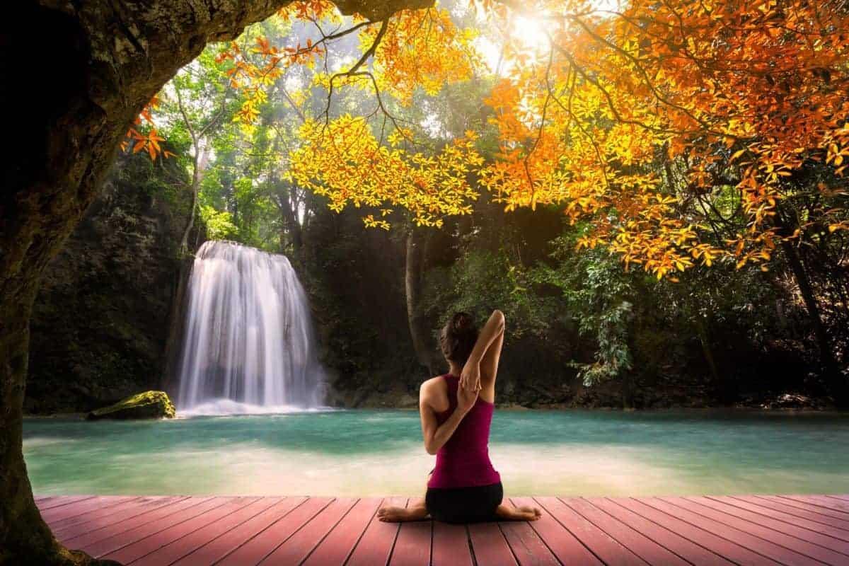 What is holistic health mindfulness - Meditation and Yoga
