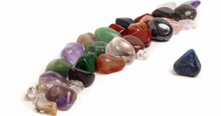 holistic healing crystals and the law of attraction - crystal healing techniques - Your Complete Healing Crystals Guide