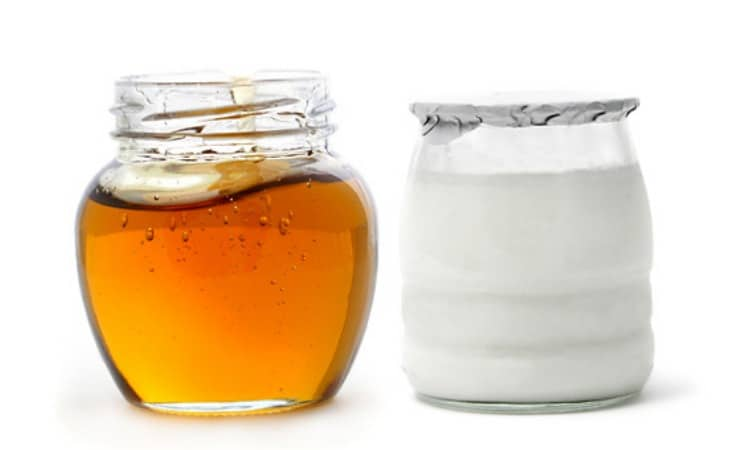 Honey and Yoghurt Best Home Remedies For Acne and Spots